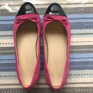 42467b9ba9 Women Pink Chanel Flats on Poshmark